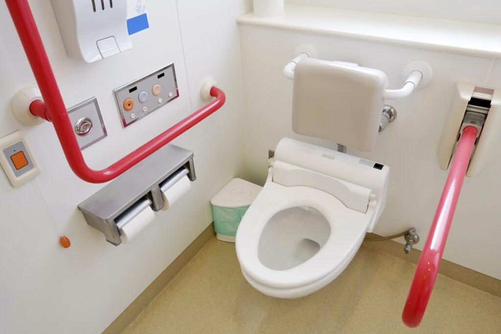 高齢者にとって使いやすいトイレとは